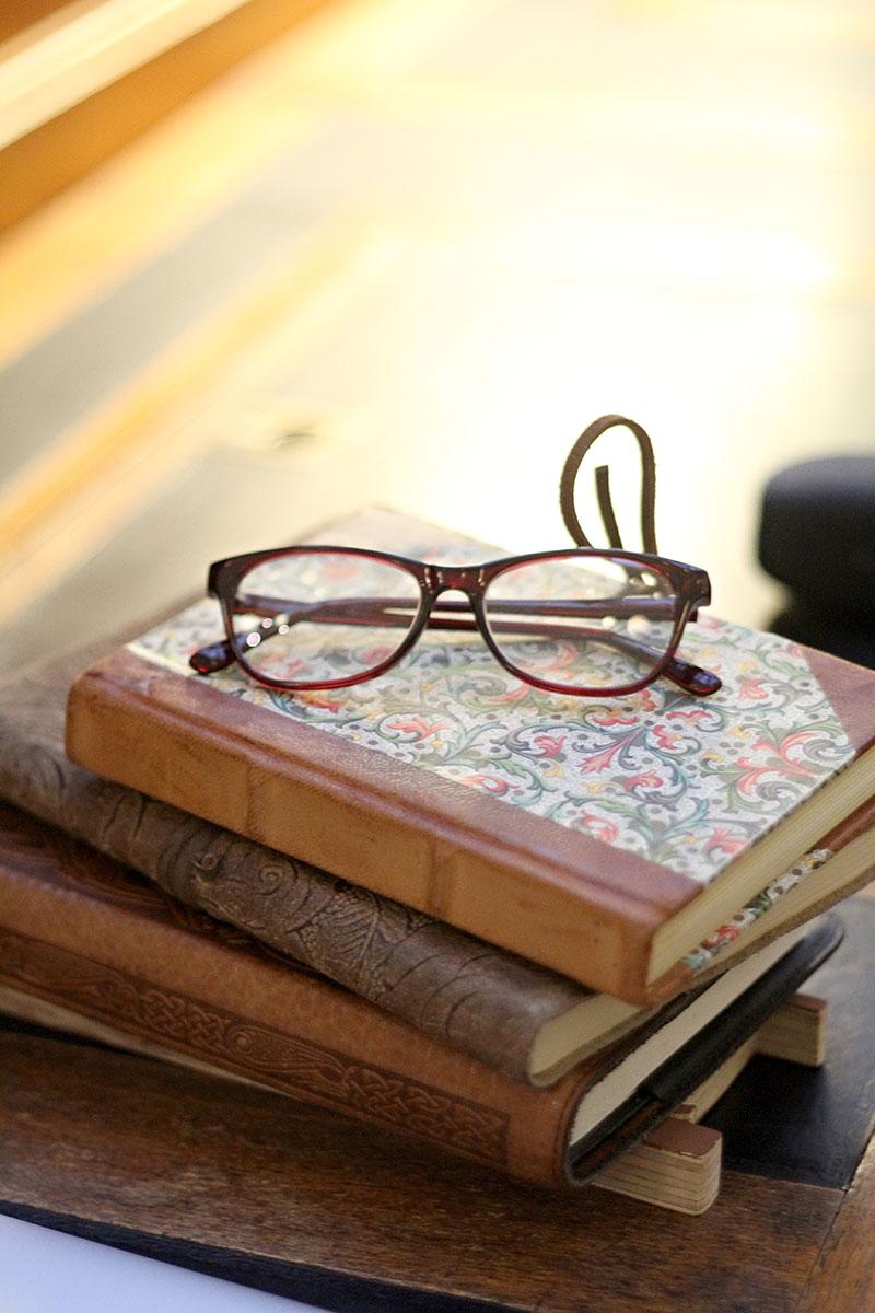 journals-glases